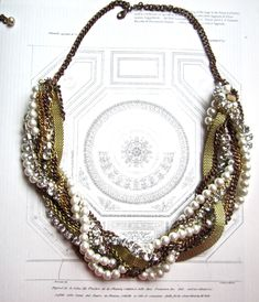Chunky Statement Necklace Mixed Metal Vintage Wedding Rhinestone Pearl Gold Necklace