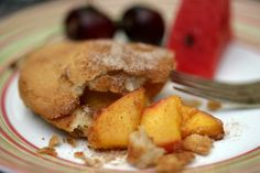 Recipe: Fried peach pies with bourbon and cinnamon || Photo: Andrew Scrivani for The New York Times