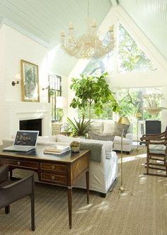 Sun filled Dallas living room. Julio Quinones for Isler Homes.