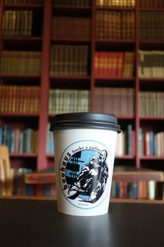 """""""The quintessential grunge (in a good way) Seattle coffee house."""" – SJP 
