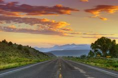 Spring is a wonderful time for a VroomGirls Central Utah getaway, just south of Salt Lake City. Heritage Highway 89 is full of pioneer history and hiking trails for all fitness levels and is awash in a springtime kaleidoscope of wildflowers.