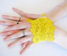 Shoply.com -Lace Fingerless short gloves, Lemon Yellow,  Lace fingerless wristlets, Lace Cuffs, Steampunk, Victorian, Wedding, Goth, Fetish. Only $12.50