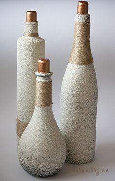 Bottles decorated as stones.....How????  Need to try!!! ((creatief-met-flessen))
