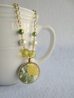 Precocious Paper: Lucky Green Necklace - Epiphany Crafts