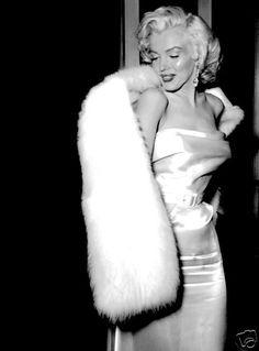 Marilyn Monroe Candid Photo Hollywood 1950's Movie Star Actress | eBay