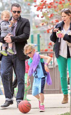 Ben Affleck and Jennifer Garner with their children.