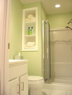 Bathroom Designs for Small Rooms illustration picture