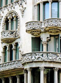 Dragon Balcony, Barcelona, Spain