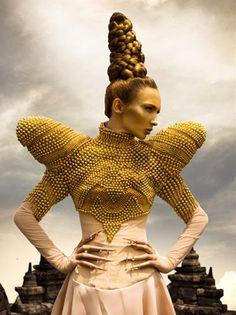avantgard hair, bee
