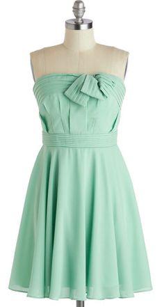 cute mint dress  http://rstyle.me/n/bgtdjpdpe