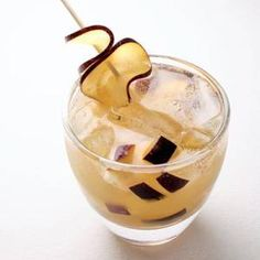 Big-Batch Summer Cocktails to Keep Your Parties Super Cool