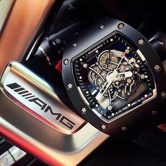 Worlds fastest skeleton. Richard Mille RM055 black x Mercedes SL63 AMGLiveFeed