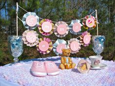 HomeMadeville: Baby Shower Banner Tutorial for the Craft Monkey ...
