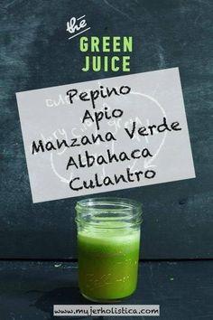 Este Green Juice (jugo verde) te hidratará, te subirá las defensas con muchos nutrientes y te desinflamará.  Es delicioso, va así: 1 manzana verde (pélala si no es orgánica) 3 ramas de apio 1 pepino mediano 1 puñado de culantro 1 puñado de albahaca opcional : 1 pulgada de jengibre Todo a la juguera, pela la manzana y el pepino si no son orgánicos.