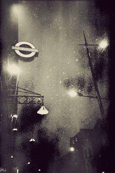 London in Fog, Sleet & Snow, by Gavin Hammond #ImDreamingOf @Kylie Knapp Knapp Knapp Coulson London