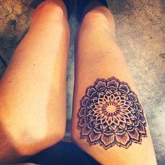 Mandala tattoo on the thigh - gorgeous.