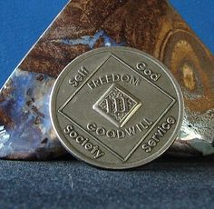 Narcotics Anonymous Vintage Medallion 3 Year NA Coin Chip Token