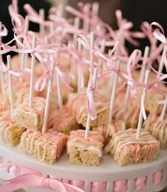 Baby shower snack, rice crispy with white chocolate drizzle (pink+white, blue+white)