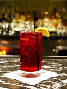 Pomegranate Lemonade (Bacardi Limon, lemon juice, pomegranate juice, club soda)