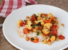 Chickpea Cauliflower Curry with a perfect blend of spicy goodness.  Easy and quick to make - delicious.  #vegan #vegetarian #curry #dairyfree, #meatlessmonday