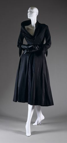 """Abandon"" afternoon dress, fall/winter 1948–49  Christian Dior Haute Couture."