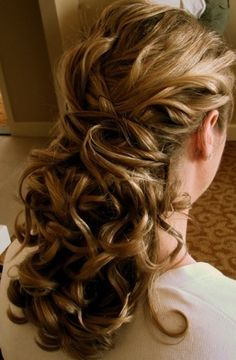 hair do idea.. hate my hair in my face but i like it down and long.. good idea