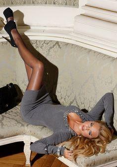 Alexandra Burman - http://stockings-celebs.blogspot.com/2014/09/alexandra-burman-fashion-professional.html