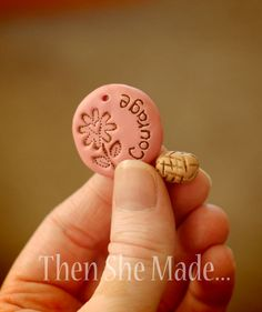 Word Pendant Tutorial - how to make a simple pendant with much info on basics. Very Easy Begginer project. #polymer #clay #tutorial