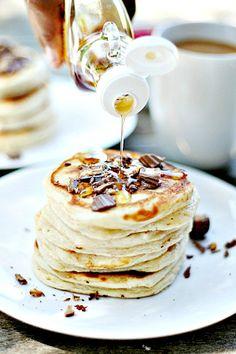 Reese's Peanut Butter Cup  Peanut Butter  Pancakes | heathersfrenchpress.com #pancakes