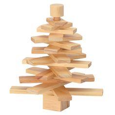 Árbol de madera en espiral