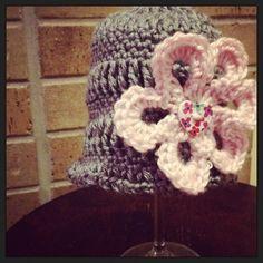 #crochet hat by creativeglo13