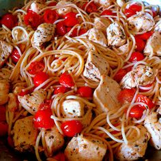 """Healthy, Light, Easy and Delicious!  Spaghetti with Chicken & Grape Tomatoes.  It's a summer """"must try""""."""
