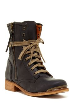 MTNG Heroic Boots