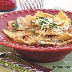 Gooseberry Patch Recipes: Pasta with Tomato-Basil Cream
