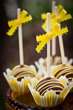 Chocolate Lemon Pops