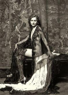 Vintage burlesque dancer