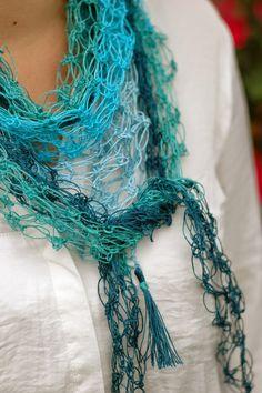 niebieska chata: lazurowe kolory.... azure colors... Summer scarf