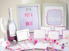 bridal shower - selfie station