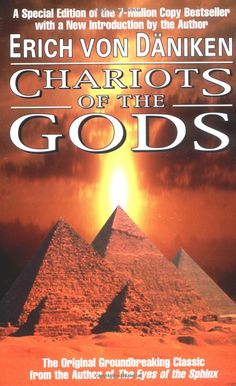 Erich von Daniken's Chariots of the Gods is a work of monumental importance--the first book to introduce the shocking theory that ancient Earth had been visited by aliens.
