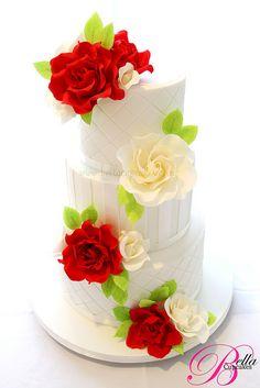 Rose wedding cake white roses, honeymoon destinations, rose wedding, romantic weddings, white weddings, rose cake, white wedding cakes, cake recipes, destination weddings