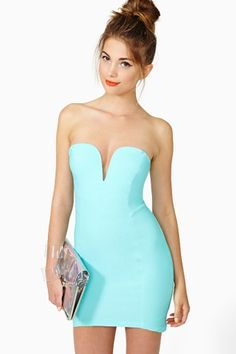 Helix Dress in Mint by Nasty Gal
