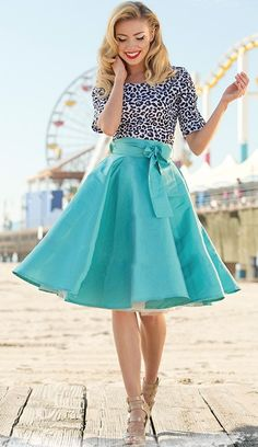 darling blue racer skirt http://rstyle.me/n/peucepdpe