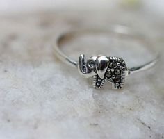 Cute Sterling Silver vintage Elephants rings by Babalastore