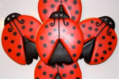 AWWWWW!!!! Ladybugs are my favorite! :)
