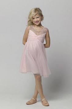 aww sweet flower girl or Jr Bridesmaid dress! Perfect for my 20's theme too!