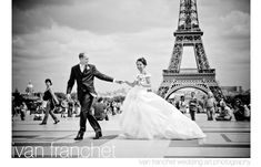 Award winning photo by Ivan Franchet at Ivan Franchet Wedding Art Photography, from Junebug Weddings' Best of the Best 2009