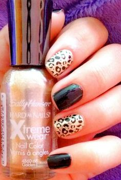 Black and gold leopard nails