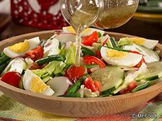 Farm Stand Salad - A light salad recipe that's a change of pace from traditional tossed salads. #lowcarb