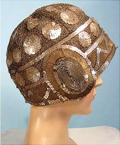 c. 1920's FRANCINE, PARIS / NY Gold Sequin and Metallic Cloche
