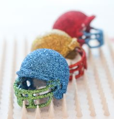 Check out what blogger @p a p e r y   + c a k e r y created for a glittery Super Bowl using Martha Stewart Crafts!!